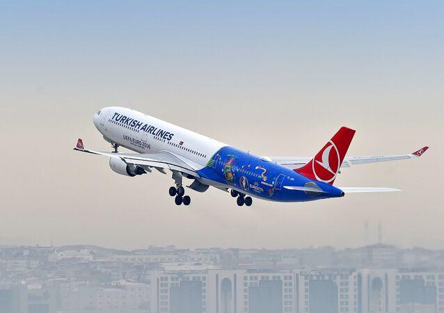 طائرة تابعة للخطوط الجوية التركية