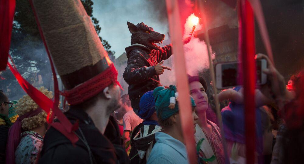 مشاركون في كرنفال مرسيليا  La Plaine Carnival  فرنسا 10 مارس/ آذار 2019