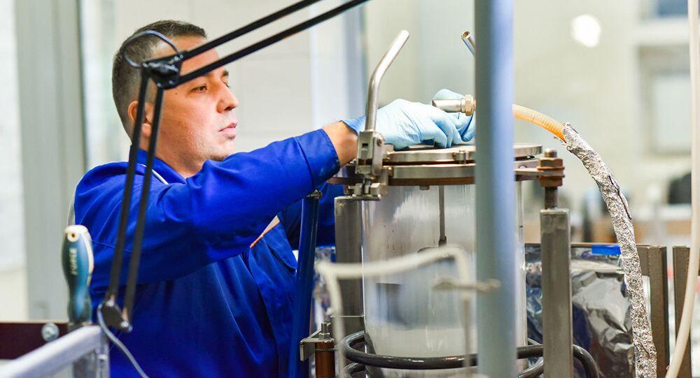أندريه كوفالسكي، كبير الباحثين في مختبر المواد النانوية غير العضوية