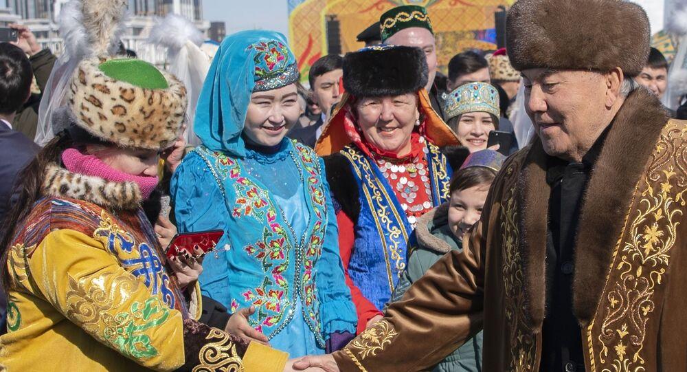 أول رئيس لكازاخستان نور سلطان نزارباييف خلال احتفالات البلاد بعيد النيروز (النوروز) في أستانا