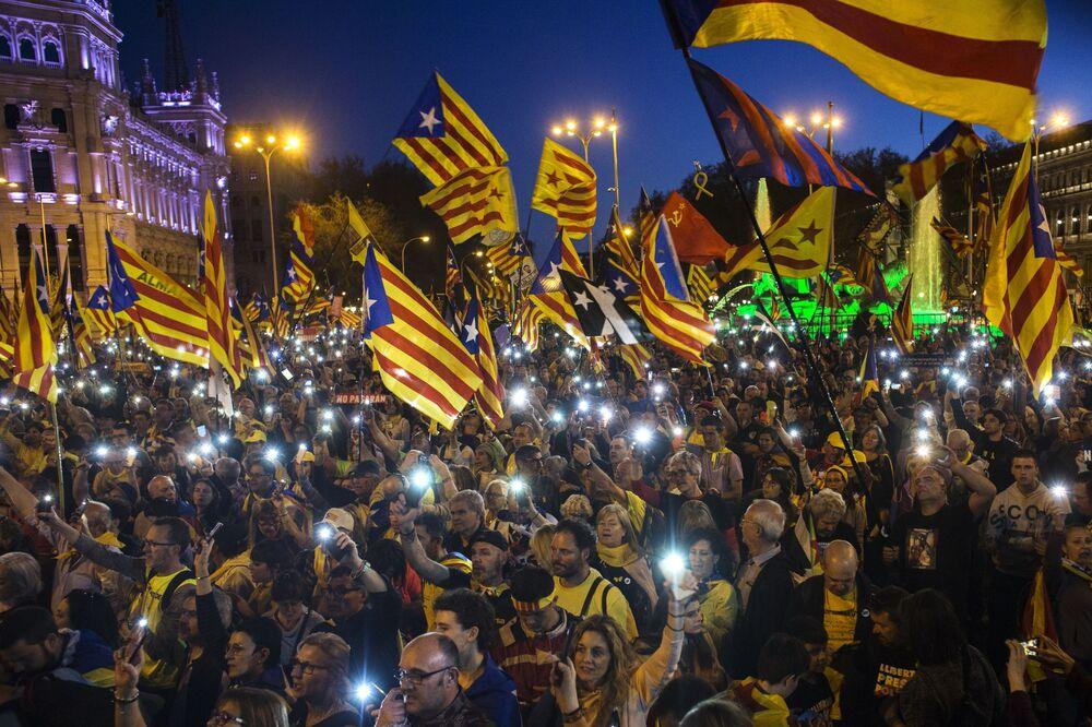 مظاهرات دعم استقلال كتالونيا في العاصمة الإسبانية مدريد، مارس/ آذار 2019