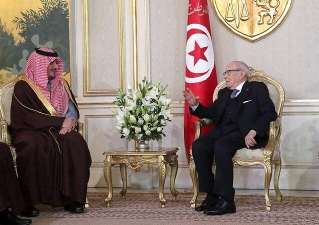 لقاء السبسي ووزير الداخلية السعودي بتونس