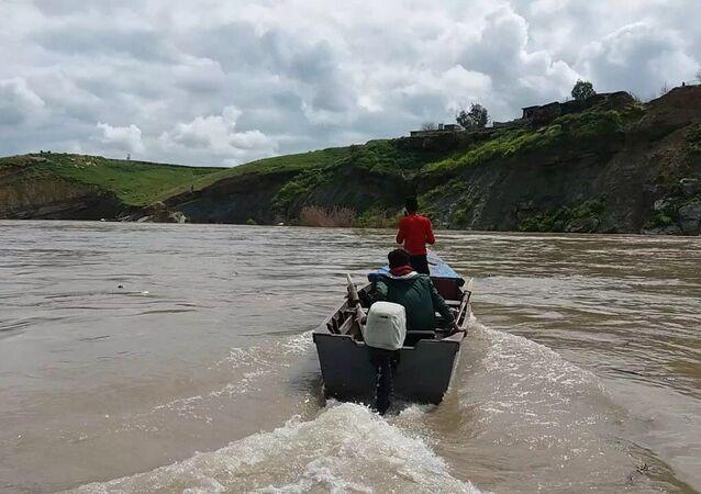 رحلة البحث عن ضحايا ابتلعهم نهر دجلة