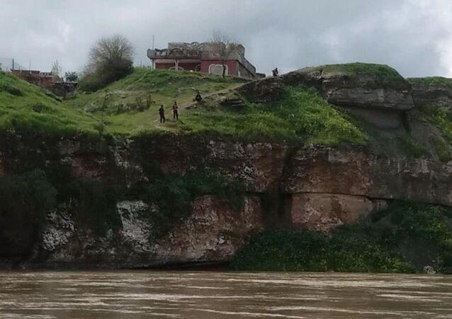 إحدى ضفتي نهر دجلة