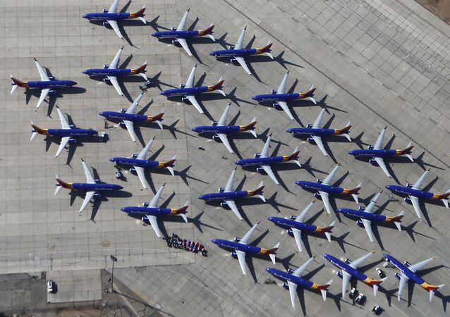 طائرات من طراز بوينغ 737 ماكس التابعة لشركة الطيران ساوث ويست (Southwest Airlines) في مطار فيكتورفيل، كاليفورنيا، الولايات المتحدة 27 مارس/ آذار 2019