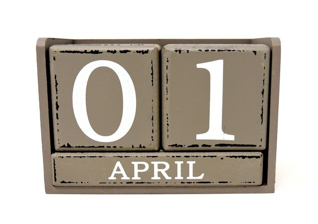 أبريل
