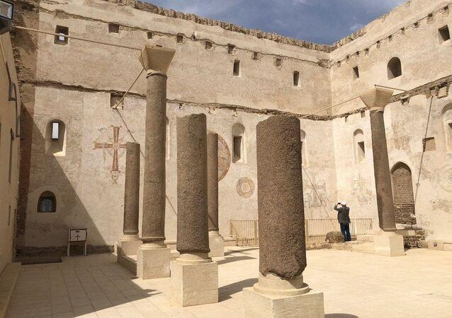 الدير الأحمر في صعيد مصر