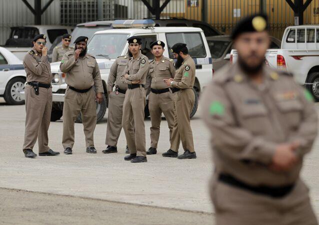 أفراد من الشرطة السعودية في الرياض