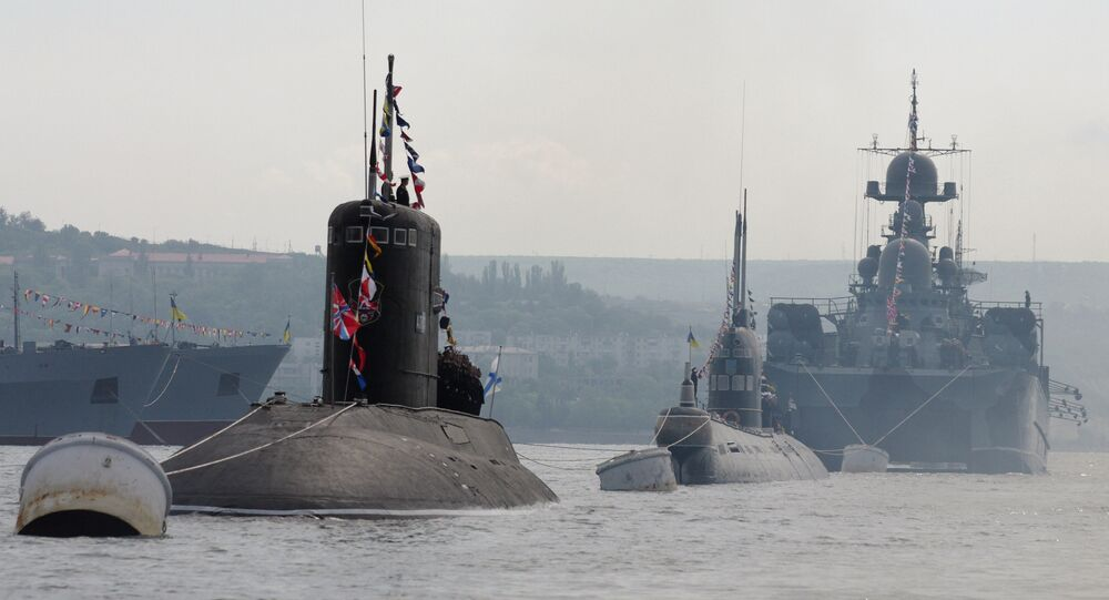 سفن حربية روسية تجرى مناورات في البحر الأسود