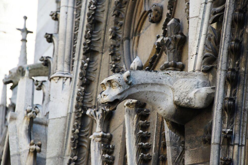 غرغول (حيوان أسطوري) على الواجهة الشمالية لكاتدرائية نوتردام
