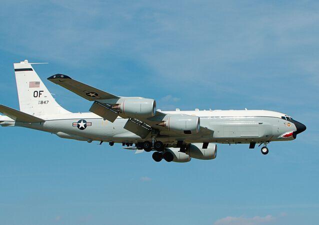 طائرة تجسس أمريكية RC-135U