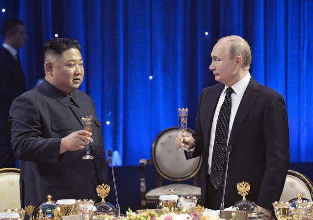 الرئيس الروسي فلاديمير بوتين التقى مع الزعيم الكوري الشمالي كيم جونغ أون (25 أبريل/نيسان 2019)