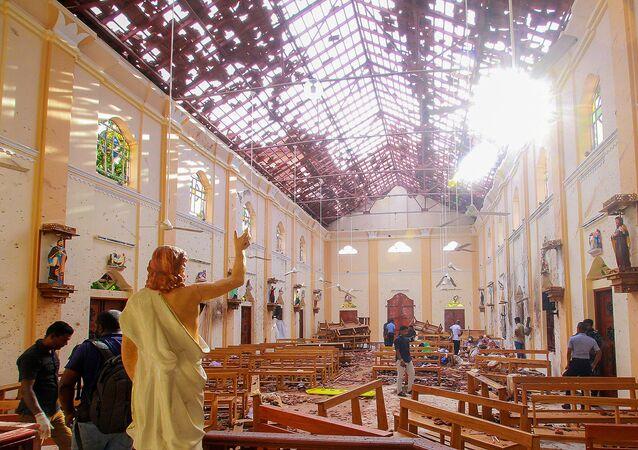 كنيسة القديس سيباستيان في نيغومبو بعد سلسلة من الانفجارات في سريلانكا