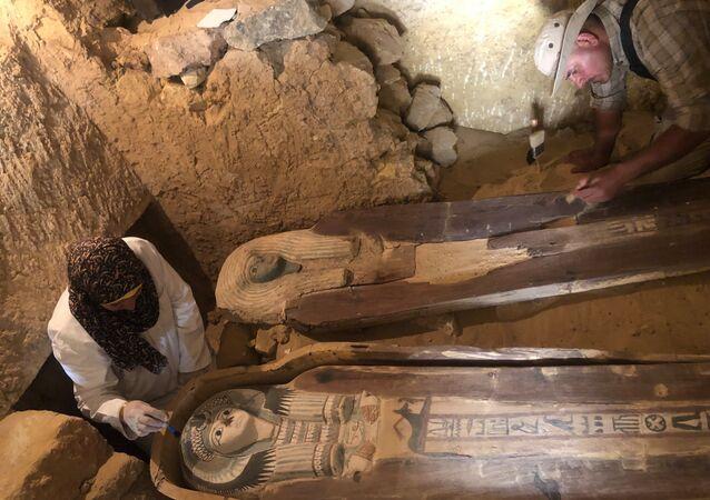 اكتشاف مقبرة عمرها 4500 في منطقة الأهرامات