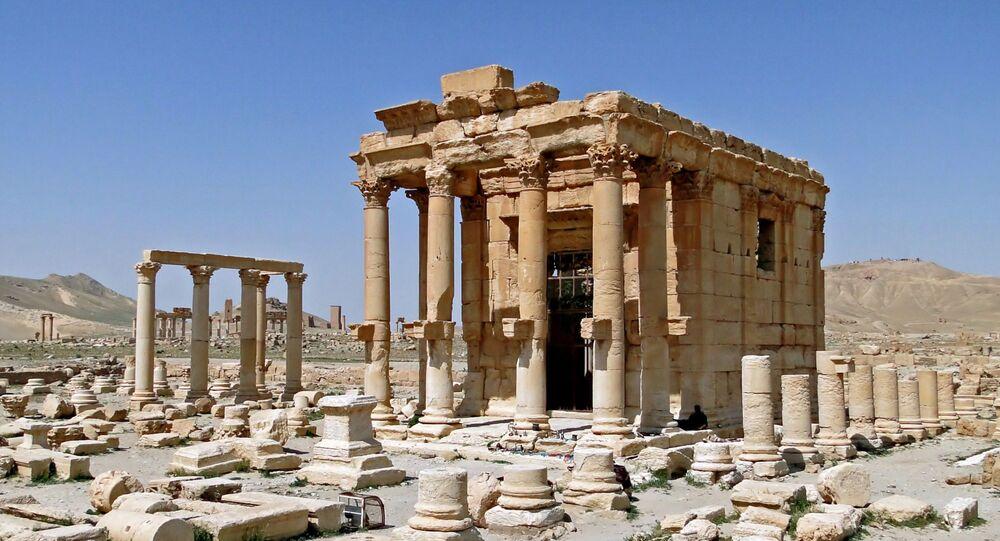 معبد بعل شمين قبل الحرب في مدينة تدمر (بالميرا) الأثرية