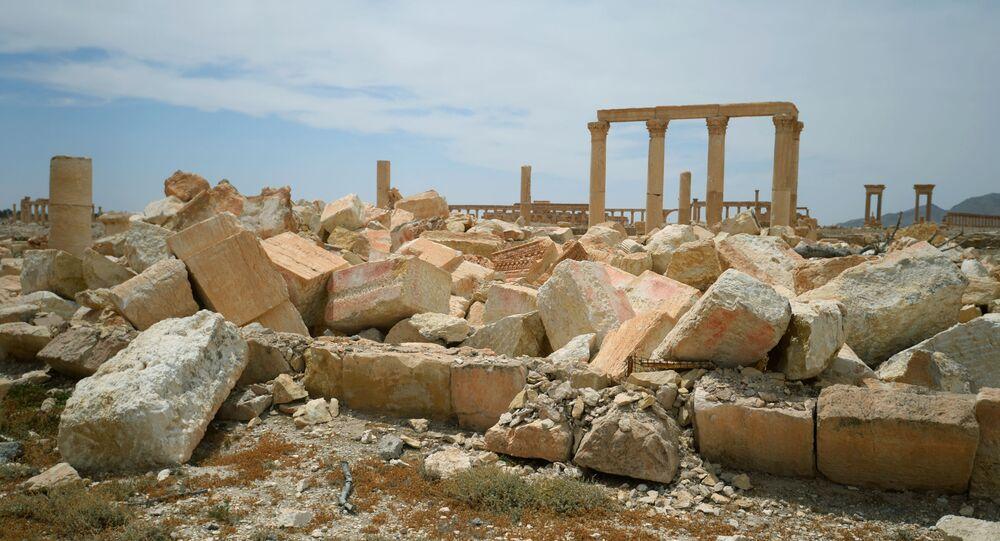 معبد بعل شمين المدمر في مدينة تدمر (بالميرا) الأثرية