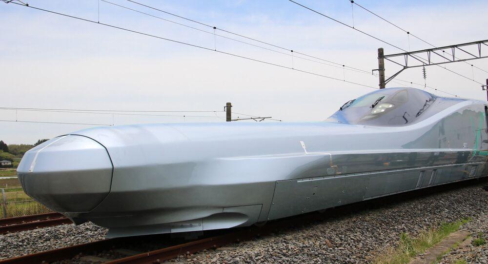 أسرع قطار طلقة ألفا- اكس
