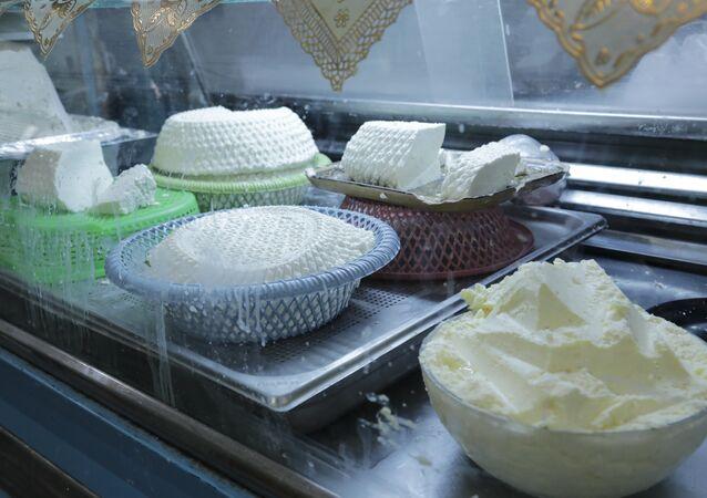شهر رمضان في تونس: محل لبيع الألبان والجبن