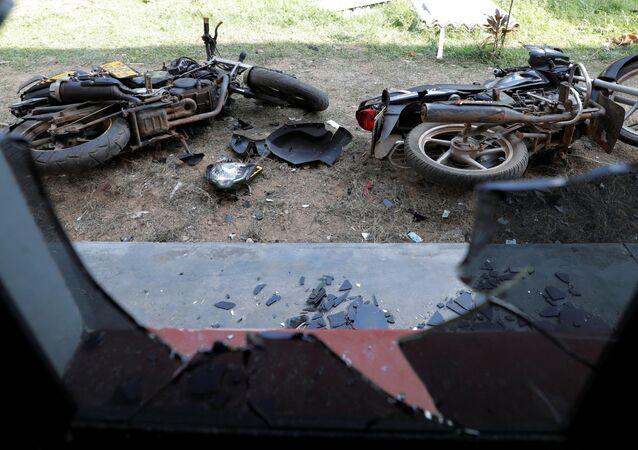 دراجات نارية لمصلين شوهدت في مسجد أبرار بعد هجوم عليه في كينياما