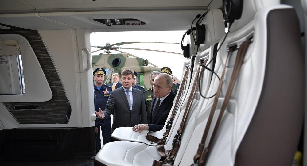 بوتين على متن مروحية جديدة