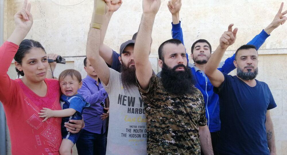 إتمام عملية تبادل أسرى بين الجيش السوري والتنظيمات الإرهابية عبر معبر العيس