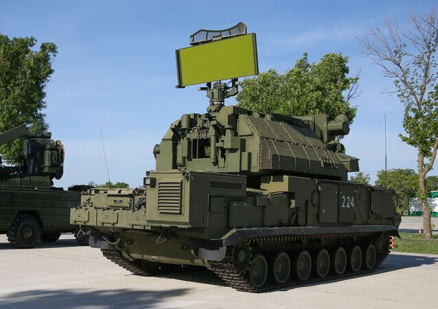 مسابقة تشيستويه نيبو (السماء النظيفة) للجيش في ميدان ييسك التابع لمركز التدريب للدفاع العسكري المضاد للطائرات - منظومة الدفاع الجوي التكتيكية تور-إم2