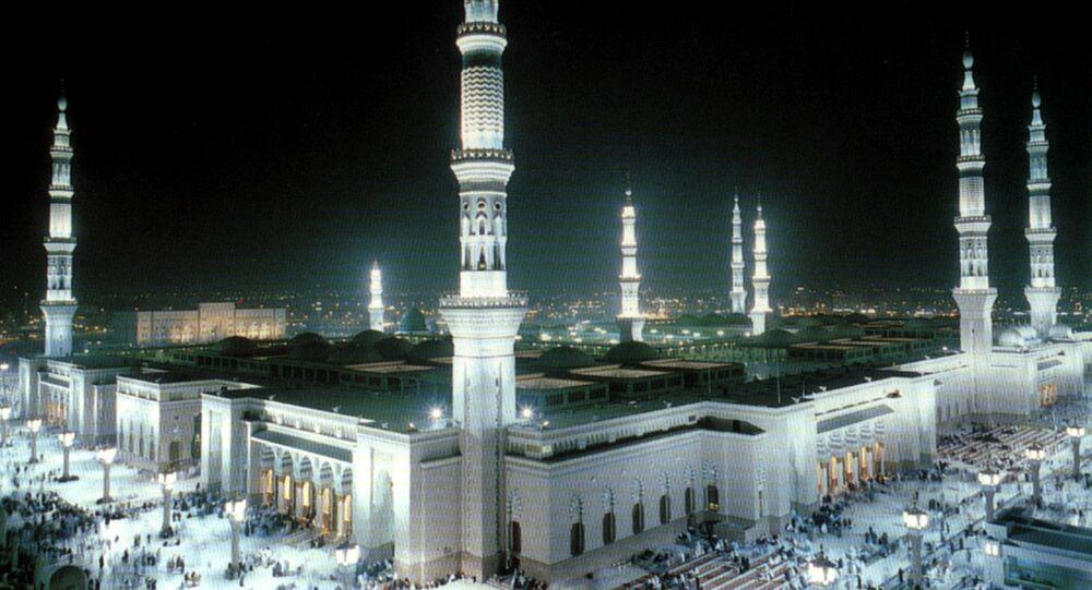المسجد النبوي في المدينة المنورة بالمملكة العربية السعودية