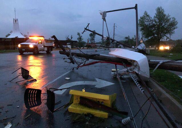 تداعيات إعصار في مدينة جيفرسون سيتي في ولاية ميسوري، الولايات المتحدة الأمريكية 23 مايو/ أيار 2019