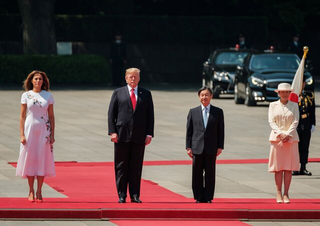 ترامب يلتقي الإمبراطور الياباني الجديد ناروهيتو