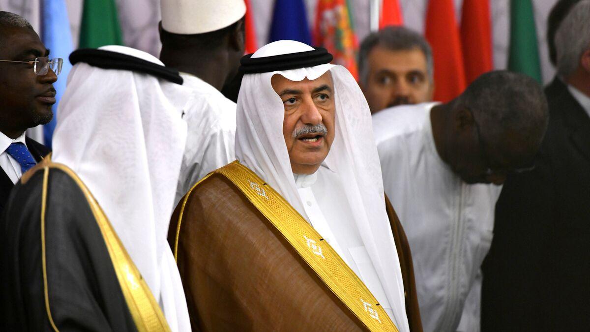 بعد 300 يوم في منصبه إعفاء وزير الخارجية السعودي بأمر ملكي