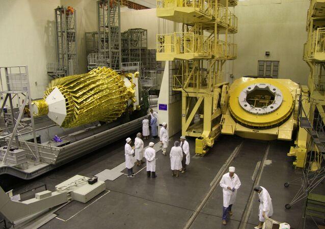 التلسكوب الفضائي الروسي الوحيد سبيكتر –آر