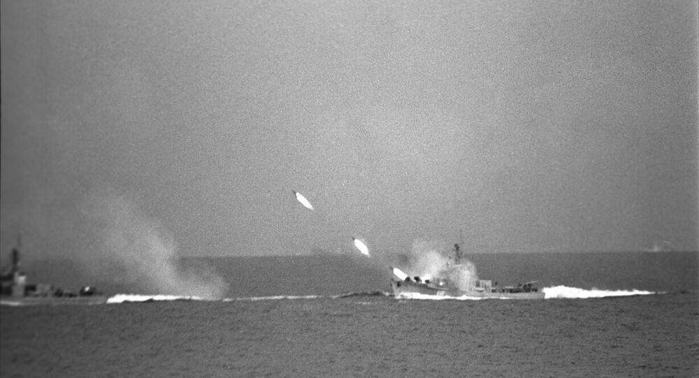 الأسطول الروسي ينفذ رماية بالذخيرة الحية