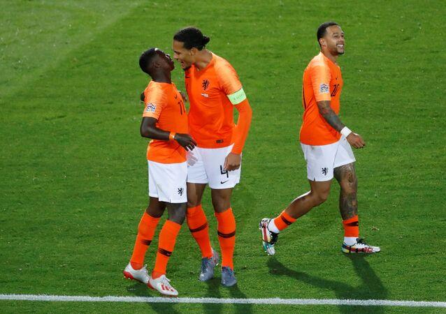 أهداف إنجلترا وهولندا (1-3) في نصف نهائي دوري أمم أوروبا