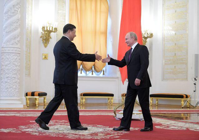 لقاء الرئيس فلاديمير بوتين مع نظيره الصيني شي جين بينغ في الكرملين، موسكو 5 يونيو/ حزيران 2019
