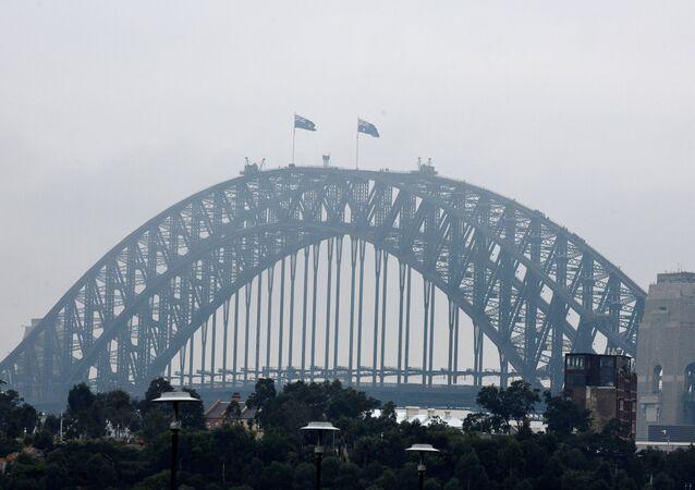 الضباب يغطي سيدني الأسترالية