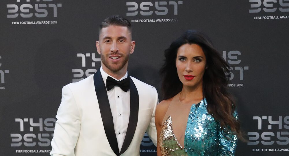 نجم ريال مدريد الإسباني سيرخيو راموس وصديقته الصحفية والمذيعة التلفزيونية بيلار روبيو