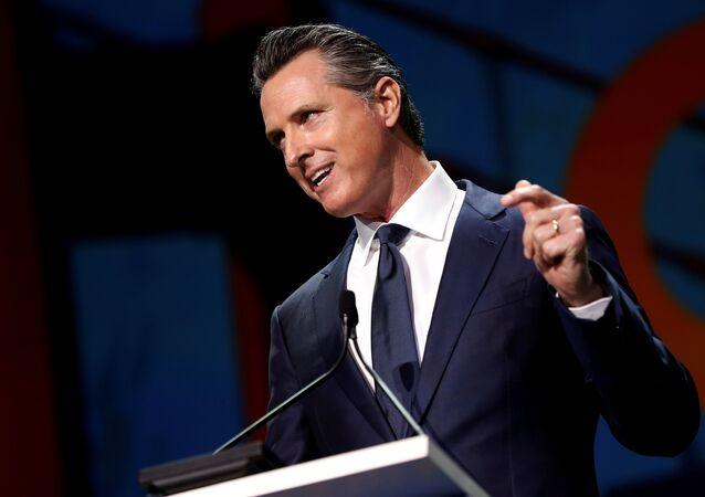حاكم ولاية كاليفورنيا