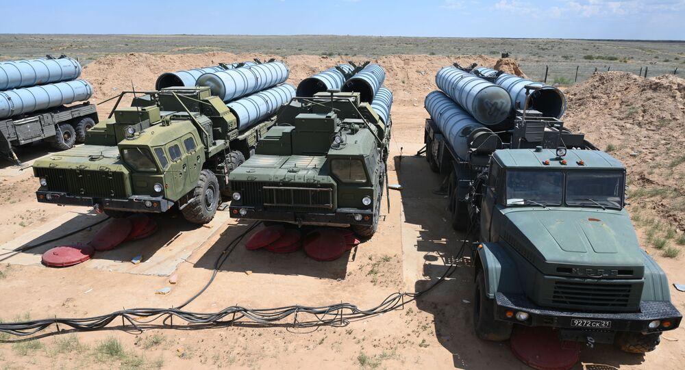 إس-300 (فافوريت) - أنظمة الصواريخ الروسية المضادة للطائرات بعيدة المدى