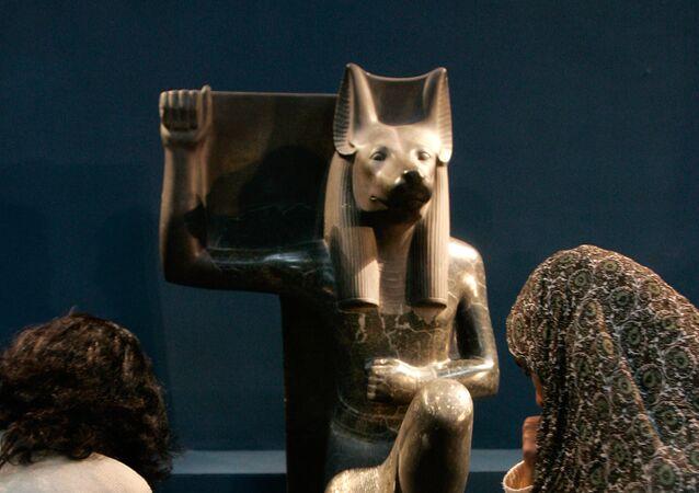 إله الموتى عند المصريين القدماء أنوبيس