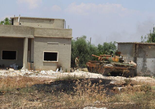 الجيش السوري يتصدى لهجوم عنيف في شمال حماة