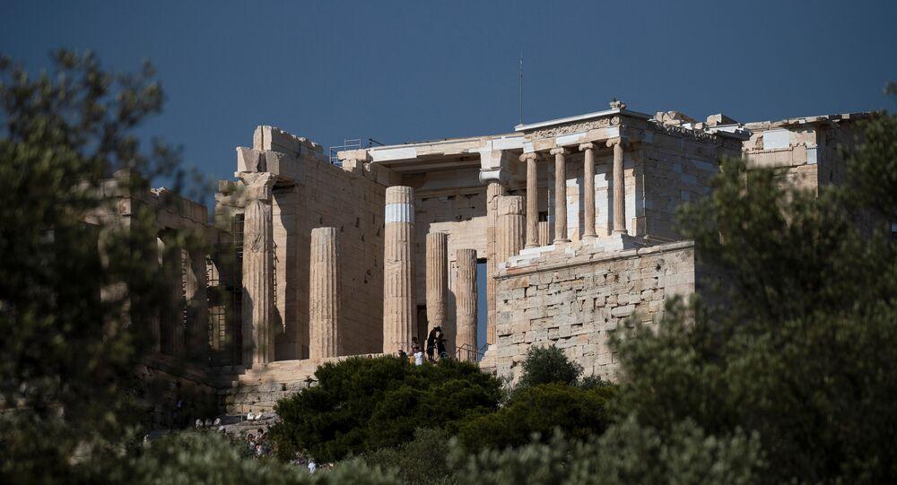 هضبة أكروبوليس الإغريقية في اليونان