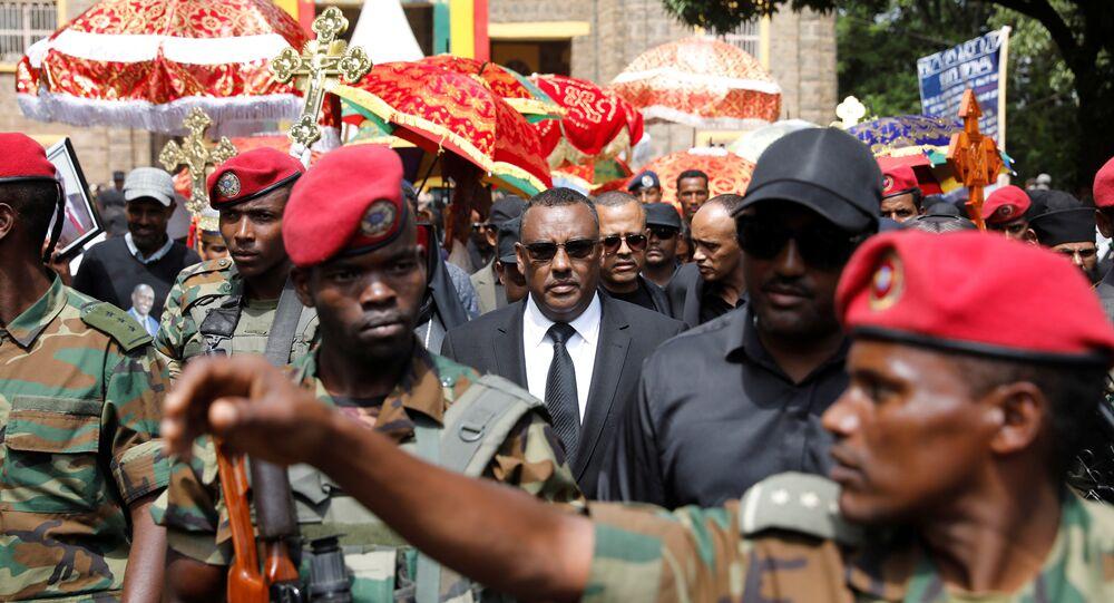 نائب رئيس الوزراء الإثيوبي ميكونين يحضر جنازة رئيس أمهرة ميكونين ومسؤولين آخرين في بحر دار