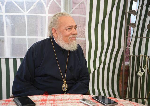 ممثل الكنيسة الانطاكية في روسيا المطران نيفن الصقلي