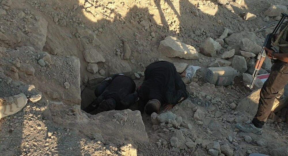 القوات العراقية تهزم داعش الإرهابي تحت الأرض