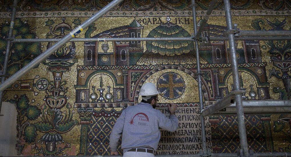 أعمال الترميم في كنيسة المهد في فلسطين