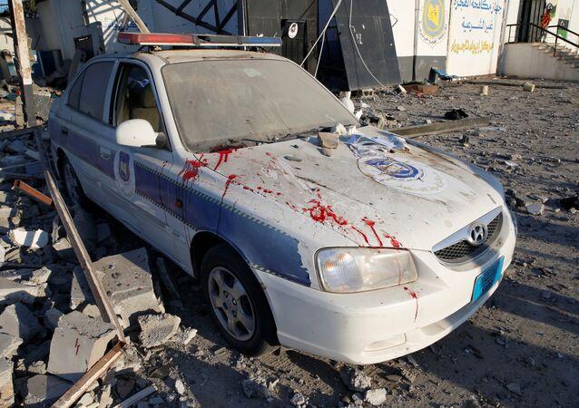 أثار الهجوم على مركز لإيواء المهاجرين في طرابلس
