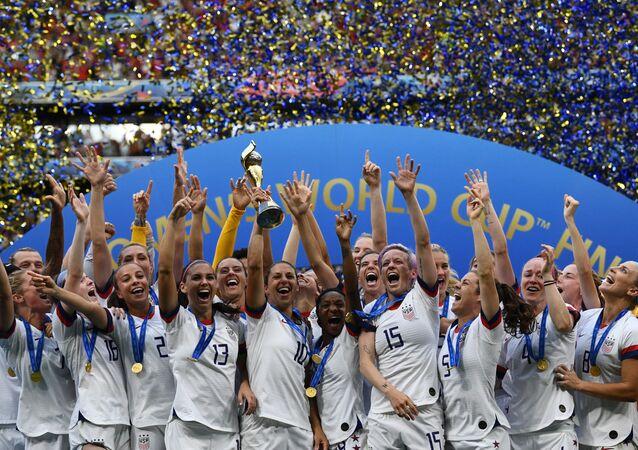 منتخب أمريكا للسيدات يفوز بكأس العالم