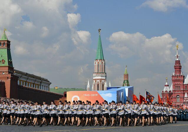 احتفالات سابقة في الساحة الحمراء في موسكو