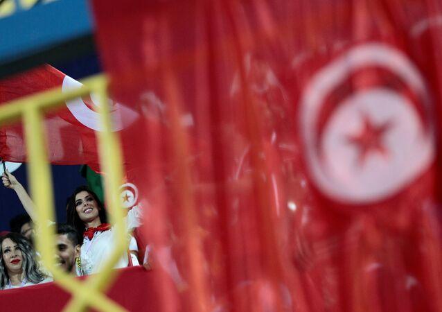 الجماهير التونسية في المدرجات أمس