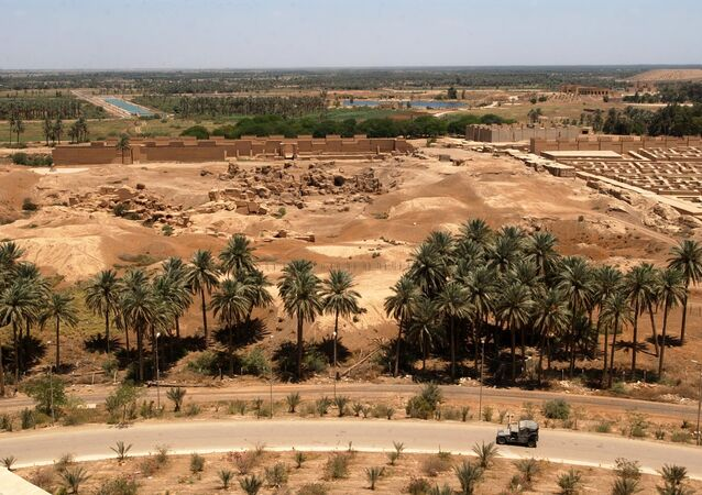 مشهد يطل على بابل، العراق